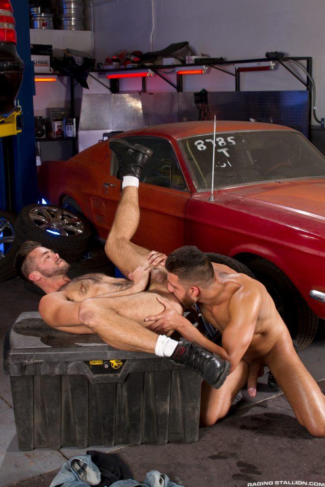 Gay Sex: FX Rios and Mike De Marko