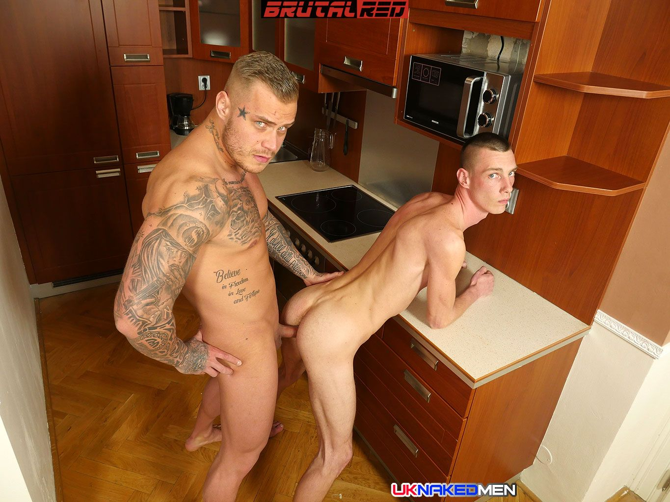 Mario Gibson Gets Barebacked By Ryan Cage