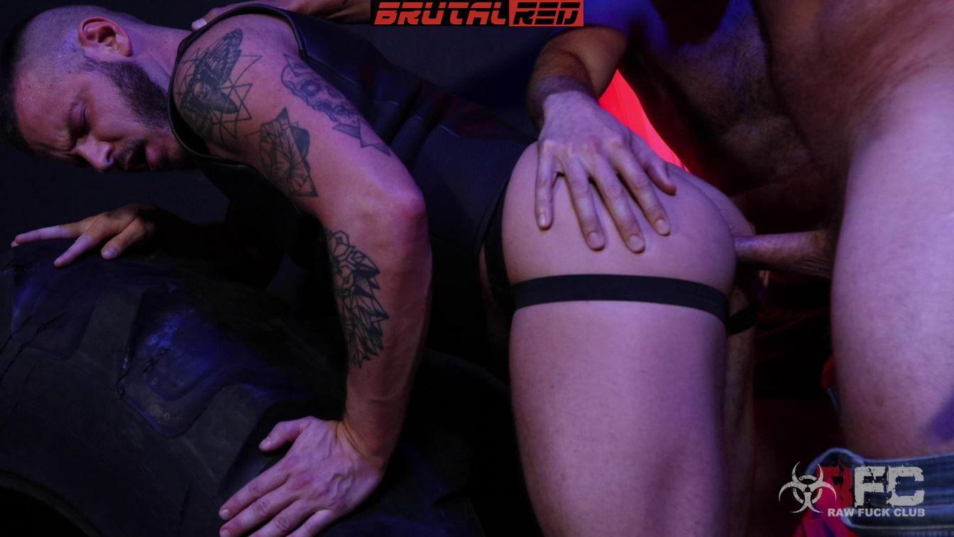 Sean Harding - Gang Bang Bareback Orgy 2