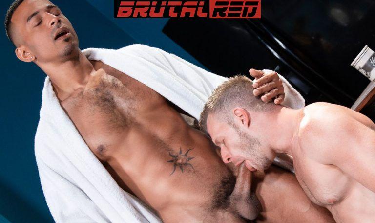 Bareback Crashpad: Brian Bonds & Zario Travezz