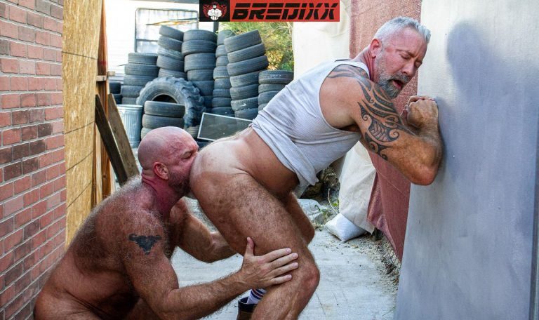 Muscle Bears Lance Charger & Mach Austin Fuck Raw 2