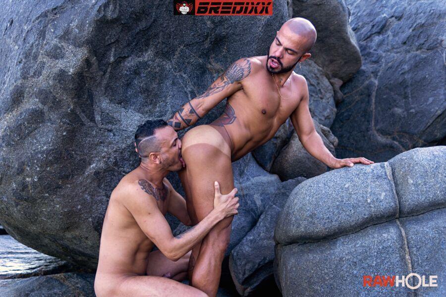 Brazilian Beach Barebackers: Patrick Garcia & Kadu Silva 2