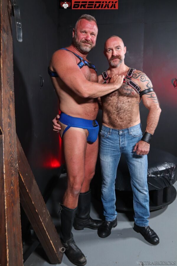 Pigs In The Playroom: Musclebear Montreal & Thor Buckner